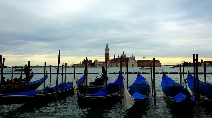 Romace in Venice - CC Flickr © Filip Knežić